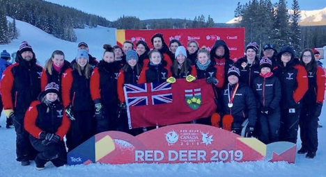 A group picture of Team Ontario Para Alpine team